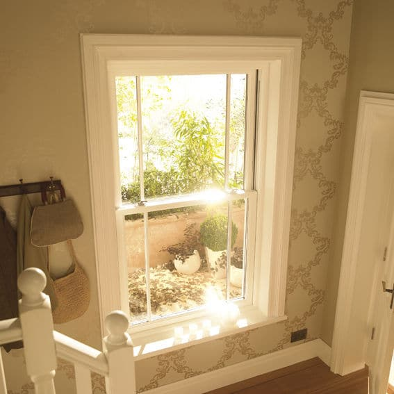 ventana guillotina blanca