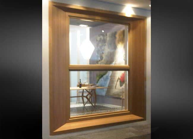 ventana guillotina iroko